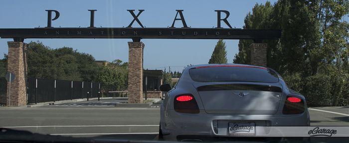 Pixar 11 Cars 2: Pixar Studios Motorama