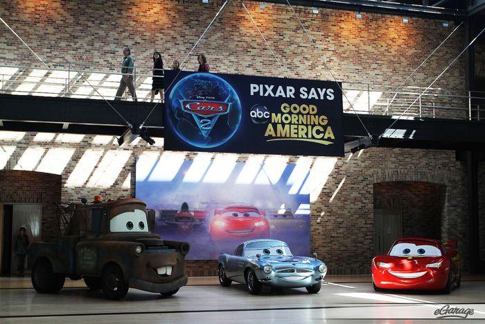 Pixar 21 Cars 2: Pixar Studios Motorama
