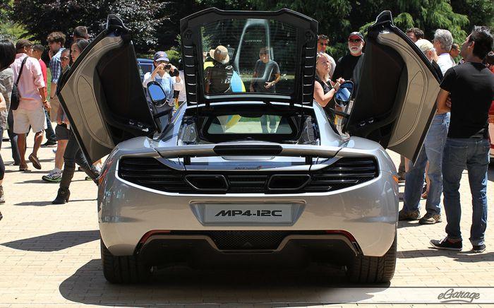 Pixar 31 Cars 2: Pixar Studios Motorama