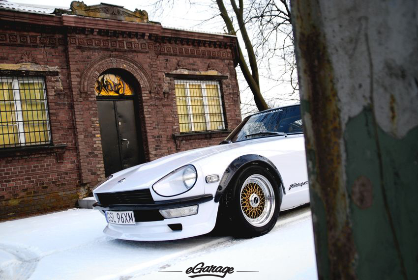 Datsun 240Z gold HRE wheels Datsun 240Z HRE Wheels