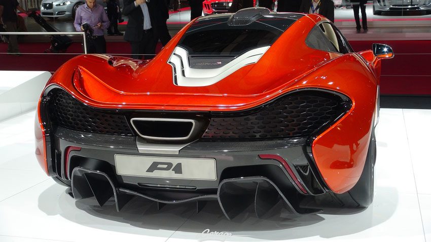 8034741988 0c6cc23854 h Mclaren P1 Revealed at Paris