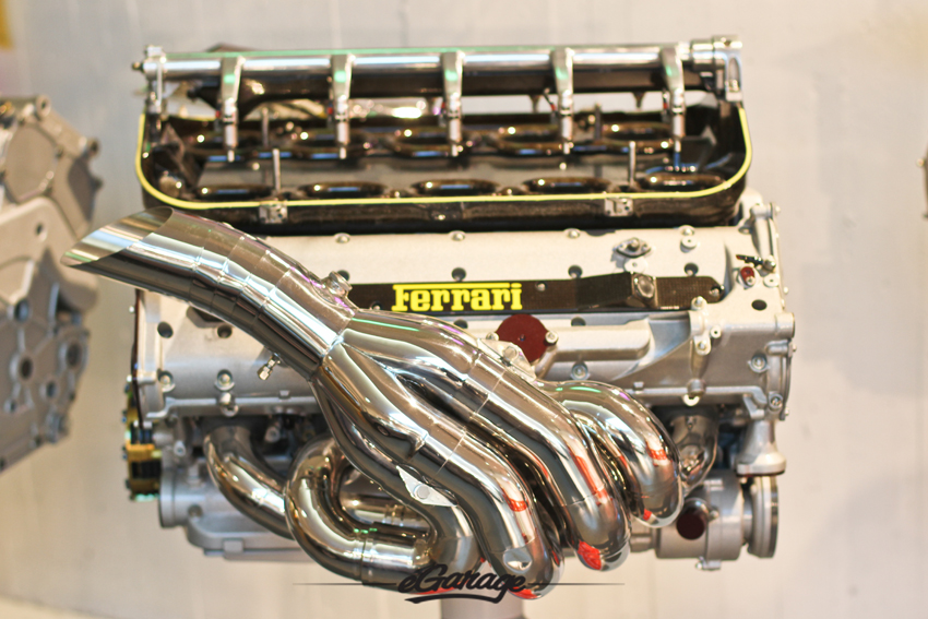 2000 Ferrari F1 Engine 049