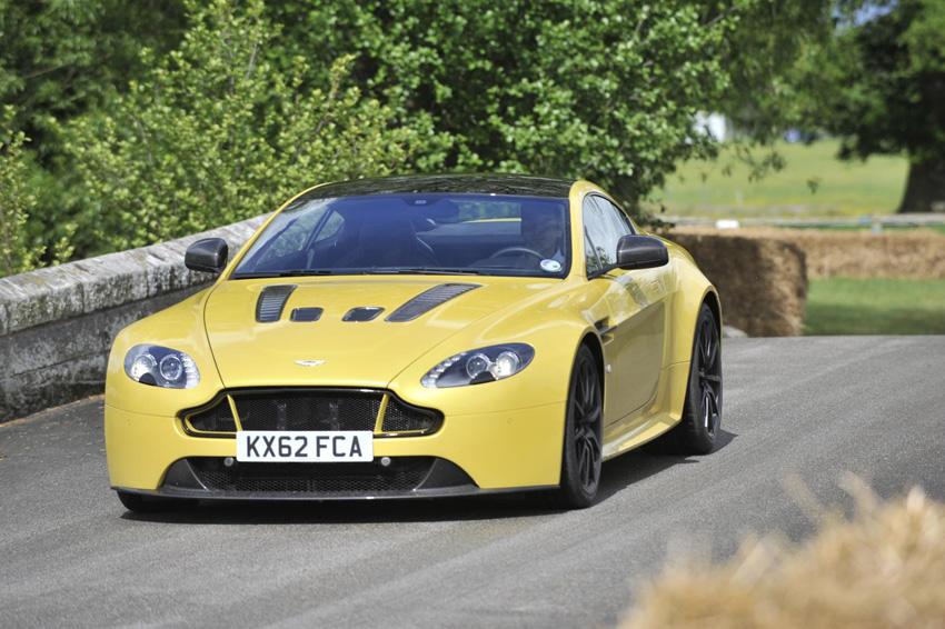 Aston Martin Cholmondeley Pageant of Power