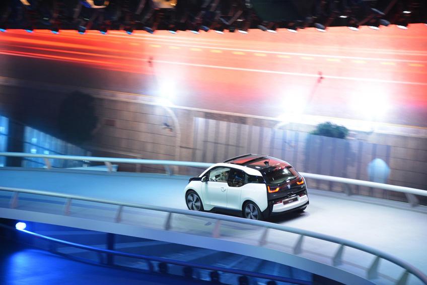 740818 DLS 3270 2013 IAA Frankfurt Motor Show
