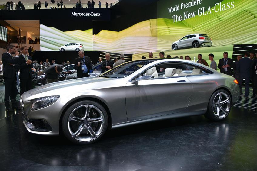 740838 DLS 3432 2013 IAA Frankfurt Motor Show
