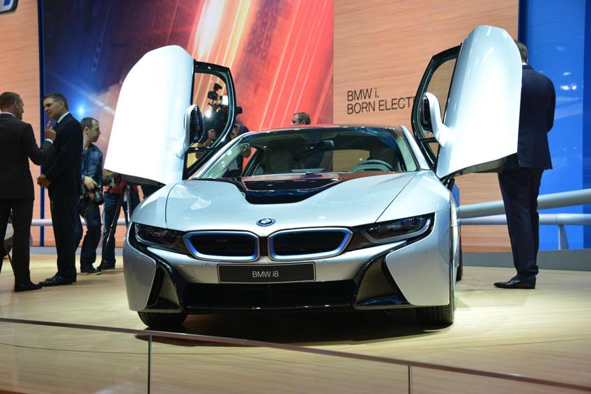 740877 DLS 3232 2013 IAA Frankfurt Motor Show