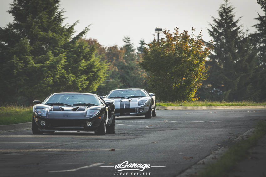 Ford GT Duo Driving